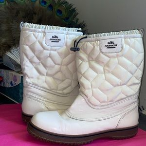 Coach New York 9.5 Waterproof White Snow Boots